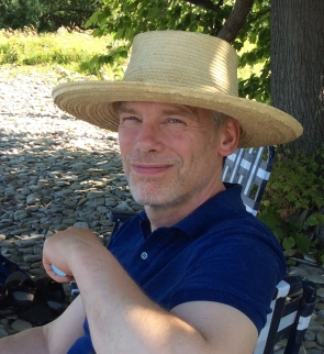 alex-in-straw-hat_cropped2-2